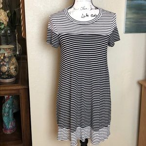 Monteau T-Shirt Dress
